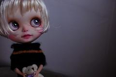 Little Isidora in a blonde scalp
