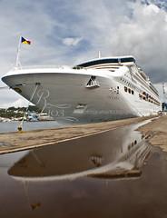 Oceana en Ferrol (romarintyp) Tags: barco oceana ferrol crucero trasatlantico puertoferrol