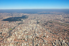 Vista  area de So Paulo (Dircinha -) Tags: travel brazil southamerica brasil buildings amrica sopaulo aerialview viagem prdios metropole amricadosul regiosudeste gtyok