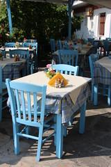Taverna greca (*eily*) Tags: blue light greece grecia taverna azzurro sedie tavolo samos greca