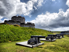 St Mawes Castle, Cornwall (photphobia) Tags: uk castle cornwall day cloudy fort cannon fortress castillo stmawes cannons kastel stmawescastle 2013 kastellannvowsedh