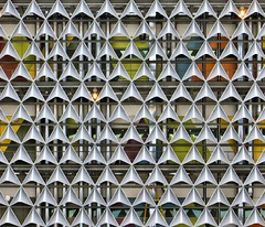 Grater (ToBoote) Tags: architecture hospital royal sunshade adelaide rah