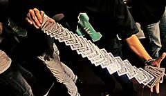 SPRING (Hoang Phuc (HaPu)) Tags: performing card trick carditry