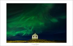 Northen lights benediction's house (Emmanuel DEPARIS) Tags: aurore boréale islande nuit night stars étoile hom home maison nikon emmanuel deparis