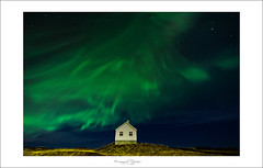 Northen lights benediction's house (Emmanuel DEPARIS) Tags: aurore borale islande nuit night stars toile hom home maison nikon emmanuel deparis