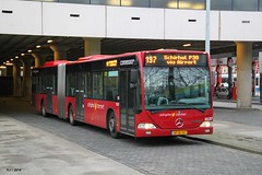 Connexxion - Citaro O530G, 9137, lijn 197, Busstation Marnixstraat (Amsterdam) (FLJ | Public Transport and Aviation Photography) Tags: holland bus netherlands amsterdam mercedes nederland mercedesbenz busses schiphol centrum busstation articulated maxx jordaan almere elandsgracht marnixstraat lijn the 197 bussen netherlands connexxion citaro 9137 amsterdamcentrum sternet geleed o530g schipholsternet concessie exalmere amstellandmeerlanden