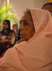 Dadi maa (Ameer Hamza) Tags: pakistan people woman women indian pakistani dadi clasic ppa pakistaniphotographer indiabornpakistani