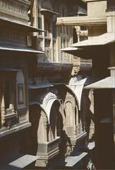 Indien: Rajasthan 1997 (patrikmloeff) Tags: world voyage travel india holiday analog reisen holidays rj minolta earth indian urlaub 1997 voyager analogue traveling monde ferien indien raja jaisalmer thar rajasthan reise inde haveli welt erde indisch verreisen dessertthar wstethar