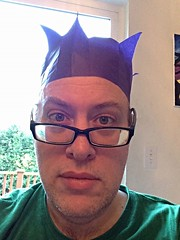 Day 1089 - Day 359: Christmas crown (knoopie) Tags: christmas holiday selfportrait me december doug crown year3 picturemail iphone 2014 knoop day359 365days christmascrown knoopie 365more 365daysyear3 day1089