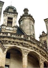 (sftrajan) Tags: châteaudechambord france loirevalley palace renaissance château chambord loiretcher 1999 architecture unescoworldheritage schlosschambord 16thcentury françoisier rinascimento renacimiento