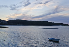 costa da morte 2014-14 (profesorxproyect) Tags: nikon landscape galicia costadamorte spain d5100 water paisaje mar sea barca boat