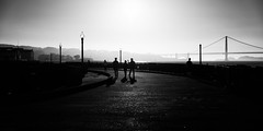 Three Go Home (Sean Batten) Tags: sanfrancisco california city urban blackandwhite bw usa america us haze nikon unitedstates goldengatebridge bayarea fishermanswharf d800 2470 aquaticparkpier