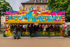 Crazy Ducks (JBsLightAndShadow) Tags: festival spring nikon fair heidelberg fest campbell frhling frhjahr schausteller campbellbarracks d3300