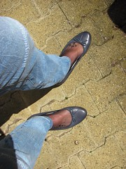 I am wearing my new Tamaris blue leather ballet flats outdoor (Isabelle.Sandrine1998) Tags: ballet feet stockings leather tattoo toes pumps legs outdoor flats jeans dangling nylons sabrinas ballerinas shoeplay tamarisblueleatherpumps