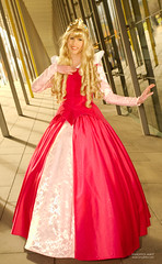 Princess @ Oz Comic Con Melb (tony_redink2000) Tags: pink portrait pretty dress princess cosplay melbourne blonde frock ozcomiccon tonydelovphotoart