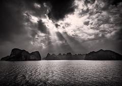 Rays Of Light (Marshall Ward) Tags: ocean seascape landscape island mono islands florence harbour vietnam mm cloudscape halong halongbay f40 2016 nikond800 160350 160350mmf40 marshallward