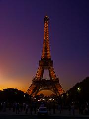 Eiffel Tower Sunset (woodchuckiam) Tags: sunset paris france tower eiffeltower scenic sunsetlight champsdemars towerlights woodchuckiam