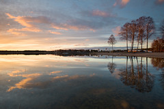 Tree and sky reflections at Mrudden (- David Olsson -) Tags: trees sunset lake seascape reflection nature water clouds reflections landscape mirror nikon sundown cloudy sweden outdoor april mirrored fx grad vr vnern d800 hammar vrmland 1635 2016 1635mm lakescape gnd skoghall leefilters mrudden davidolsson 06hard 1635vr