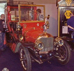 151 Unic M1 Coupe de Ville (Town Car) (1914) (robertknight16) Tags: france 1910s puteaux unic richardbrasier georgesrichard nec2013 sv9818