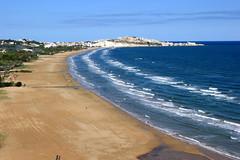 Apulien (andreasdietrich477) Tags: ocean italien sea sky italy sun beach strand landscape eos sand meer wasser mare view outdoor aussicht ufer landschaft sonne welle kste apulia ozean peschici apulien 550d fokussiert hohequalitt hohequalitt