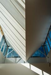 VM (okkyn') Tags: blue light sky sun grenoble arch geometry space inner rays museeum