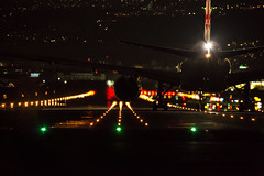 Night Airport (K/Y2nd) Tags: canon eos mark iii sigma os 5d dg hsm f563 150600mm |contemporary