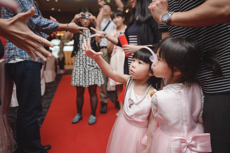 婚禮攝影-台南情定婚宴城堡永康館-85