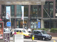 Taxi rank outside Birmingham Snow Hill Station on Colmore Row (ell brown) Tags: greatbritain england signs sign birmingham unitedkingdom taxi banner taxis banners westmidlands taxirank snowhill colmorerow birminghamsnowhill birminghamsnowhillstation colmoregate whitewallgallery 9colmorerow onecolmorerow 1colmorerow