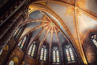 Matthias church inside