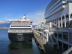 IMG_2644 (sevargmt) Tags: vancouver bc british colombia canada cruise ncl norwegian pearl may 2016 downtown place holland america volendam ship