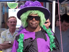 Colorful Dude At Honfest (Bob Turk Photobomb) (Multielvi) Tags: street portrait man guy green sunglasses st festival hair md candid bob maryland shades baltimore dude wig hampden turk 2016 36th wjz honfest