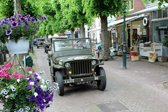 1945 Willys Jeep (Davydutchy) Tags: netherlands truck army ride jeep military may nederland hobby voiture lorry vehicle frise rit heer convoy paysbas friesland willys armee leger niederlande militr reenacting lkw 2016 frysln militair frisia rondrit langweer tocht langwar kolonne poidslourd legervoertuig legergroen