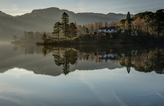 House with a view (littlenorty) Tags: england lake reflection nature sunrise landscape still europe unitedkingdom lakedistrict cumbria type derwentwater keswick nikond810 feisoltripod