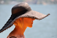 semplicemente... (G.hostbuster (Gigi)) Tags: woman lake hat profile ghostbuster iseo montisola