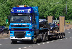 NWH Construction DAF XF W2NWH on the A90, Dundee, 20/6/16 (andyflyer) Tags: transport lorry a90 haulage hgv roadtransport dafxf nwhconstruction w2nwh