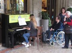 Chopin on the Streets (cohodas208c) Tags: musicians piano bergamo publicmusic viaporticisentierone