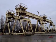 Antwerpen (Martijn Pouw) Tags: city blue haven clouds train wagon gris cloudy harbour crane antwerpen stad beton grijs krane wagen staal