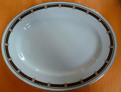 I494N Edwardian Wedgwood and Co 'Memphis' pattern meat platter (newlyn.antiques) Tags: edwardian wedgwood meatplatter