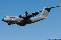 Airbus Military Airbus A400M cn 004 EC-404 (Clment Alloing - CAphotography) Tags: test cn canon airplane airport aircraft military flight airbus toulouse airways aeroport aeropuerto blagnac spotting 004 tls 100400 a400m lfbo ec404