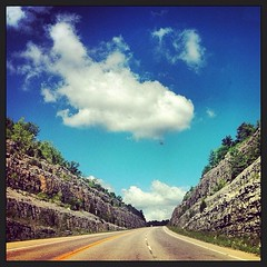Kentucky road (Sumer FireFly) Tags: road sky kentucky south curves hills mountins roastrip vinegrove uploaded:by=flickrmobile flickriosapp:filter=nofilter