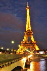 Paris by night (Nelly Matray) Tags: city bridge light paris france tower water seine night europe tour lumire eiffel pont nuit