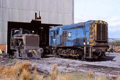 Tower No. 2, 08792 Tower Colliery, Hirwaun 23/4/1982 (Glevumblues) Tags: diesel trains locomotive railways shunter ncb class08 towercolliery hirwaun 08792 towerrno2 eevd911