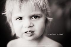 Desenfocado y pensativo (Luisina Serenelli {www.amorycasualidad.com}) Tags: bw byn retratos emilio 365dosmilcatorce