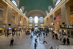Grand Central Station (Just a guy who likes to take pictures) Tags: voyage new york city nyc newyorkcity travel people urban usa ny newyork motion building public station architecture america train subway tren photography us reisen track fotografie photographie unitedstates gare manhattan flag transport central rail railway zug bahnhof grand terminal architectural transit commute infrastructure estacion grandcentralstation architektur mta commuting arrival mass publictransport grandcentral amerika infra stad trein architectuur metronorth grandcentralterminal viajar gebouw reizen architexture ov vlag architecturalphotography vervoer architectureporn travelphotography openbaar infrastructuur depature buildingporn reisfotografie architectuurfotografie