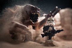 Rancors Sandpit (Avanaut) Tags: toy starwars sand lego rancor stormtrooper originality tatooine minifigure sandtrooper toyphotography