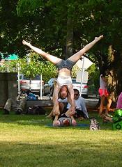 hand stand (hansntareen) Tags: cambridge grass outdoor handstand gymnastic