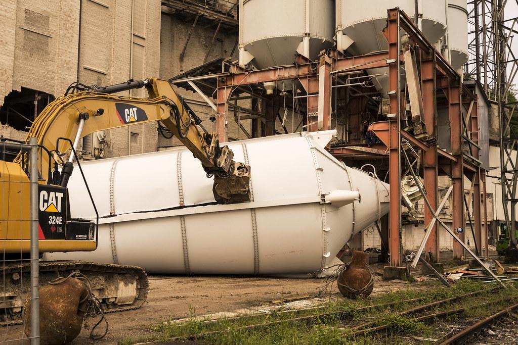 3 Silo Demolition : The world s best photos of demolition and kalkwerk