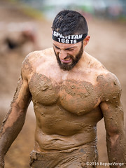 Spartan Race Milano 2016 (beppeverge) Tags: sport racetrack jump mud outdoor racing adventure climbing warriors athlete runner crawl obstacle xtreme reebok malpensa atleti fango spartani spartanrace ciglionedellamalpensa beppeverge milanomxpsprint milanomxpsuper