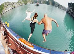 Halong Bay dive -- Sony A7 Voigtlnder 21mm (Col Jung) Tags: a7 voigtlnder voigtlander 21mm ultron vietnam street travel diving watersports halongbay halong fun jumping