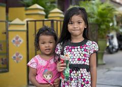 MYS020 Malay irls - Malacca - Malaysia (VesperTokyo) Tags: street girl asia unescoworldheritagesite malaysia melaka malacca younggirls